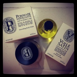 Some midnight body pampering. #diptyque #bodyoil #bodyscrub #bath #bodypolish #bodycare  (Taken with Instagram)