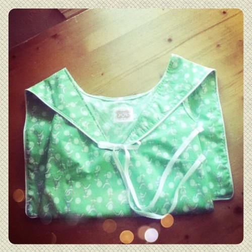 The last Eiffel tower  Yeye blouse is on it's way to it's new home 💚 (Taken with Instagram)
