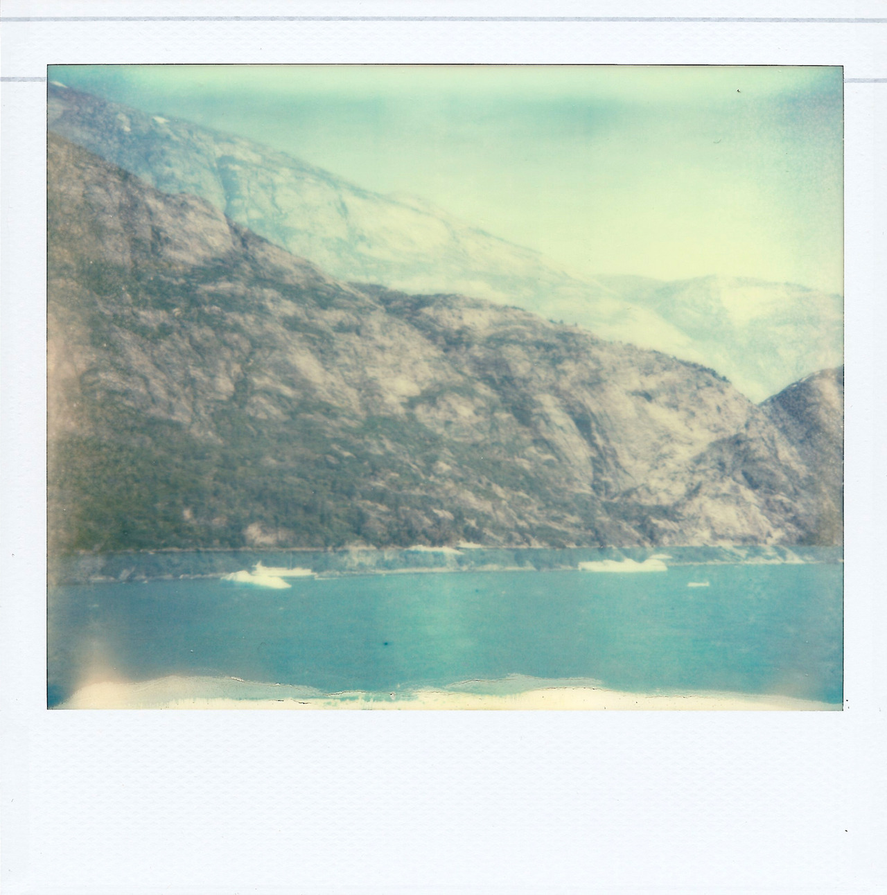 lindsaykunz:  Mountains, Water, Ice, and Blue.  Alaska.  2012-08