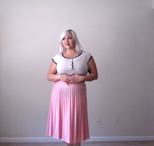 New plus size vintage to come to Thread Over Heels!