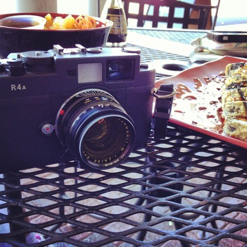 Okay, now I feel a bit better :-) #sushi #35mm #lunch #leica #voigtlander #atlanta  (Taken with Instagram)