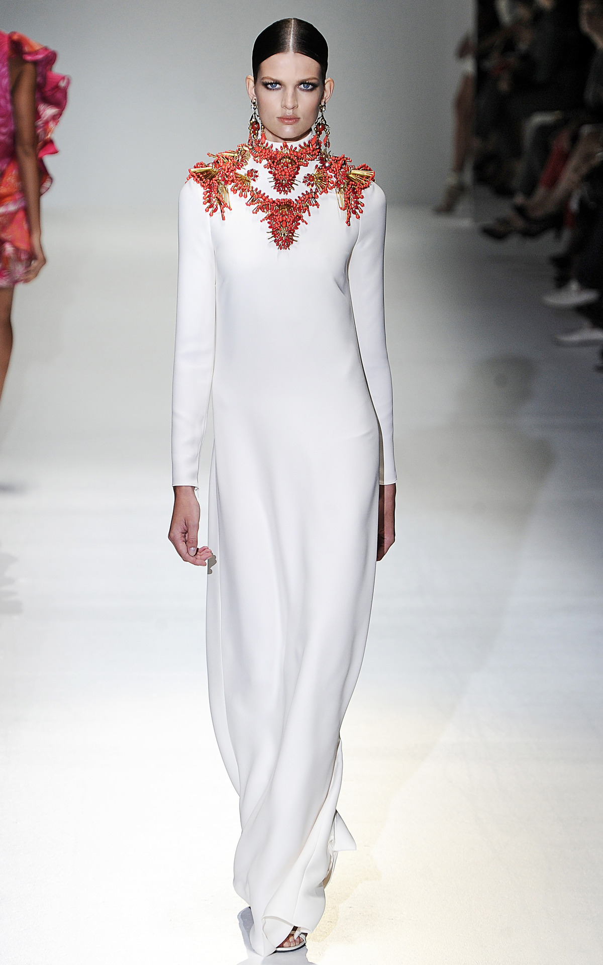 Photo by firstVIEW Décolletage Dreams: neck jewelry to the max. Gucci Spring 2013, Milan.