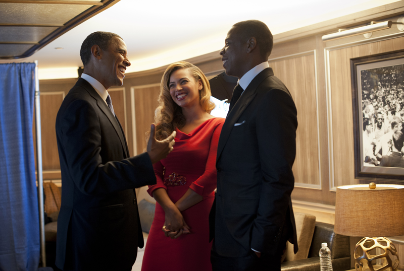 buzzfeed:  The President meeting with the King and Queen.