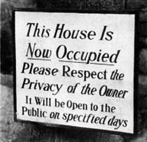 archiveofaffinities:  Sign Posted Outside Philip Johnson's Glass House, New Canaan, Connecticut, 1949   Too obvious.