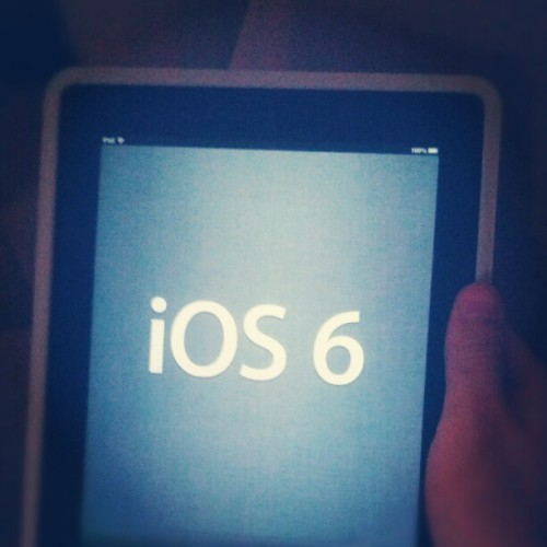 #Welcome #iOS6 !! #newiPad #Apple  (Tomada con Instagram)