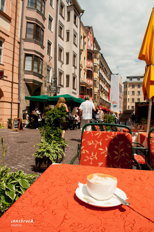 Innsbruck, our first sunny day and our first coffee-on-cobblestone.
