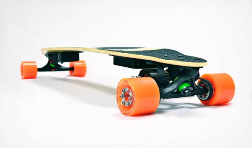 "Concept ""Boosted Boards"", electric longboard, the world´s lightest electric vehicle."
