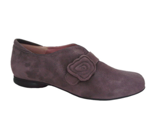 Ivy by BeautiFeel from Israel of Italian leathers.Low heel shoe od supple leather with adjustable velcro strap across the instep provides for great fit. Open throat style is an excellent fit for high insteps. Uniquely padded and supportive footbed for maximum comfort.
