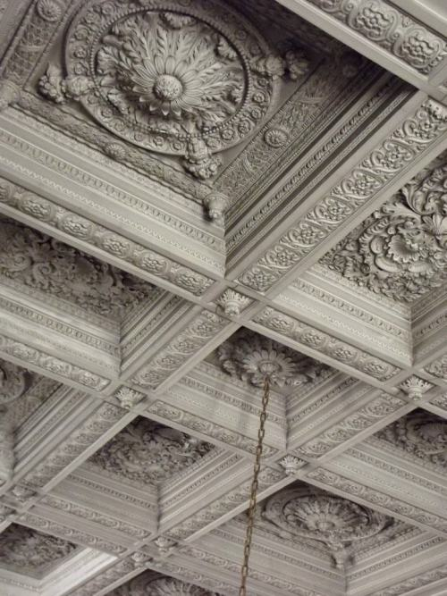 No that is a true coffer ceiling. Beautiful! delphes:  Hi There Versailles