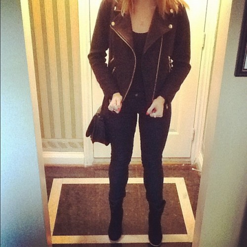 This outfit is legit my new favorite thing. #fall #fashion #black #outfit #outfitoftheday #leather #jacket #skinnyjeans #bootedheels (Taken with Instagram)