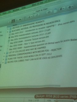 starrysleeper:  high-blogging:   while my prof was setting up for his lecture…   gold  excuse me while I reblog this for the 36th time