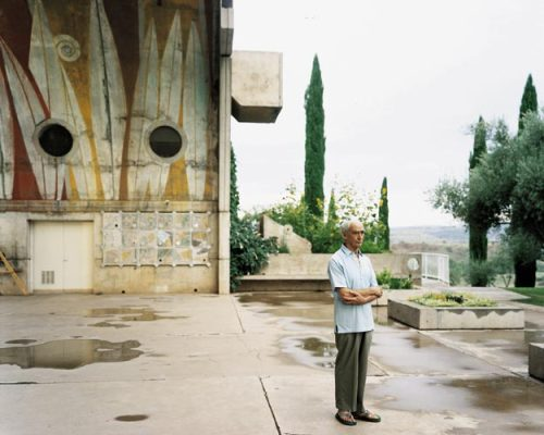 Paolo Soleri at Arcosanti, Cordes Junction, Arizona, August 2000 — Joel Sternfeld
