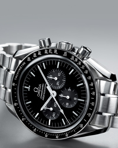bag12:  Omega speedmaster moonwatch black dial steel bracelet men's watch