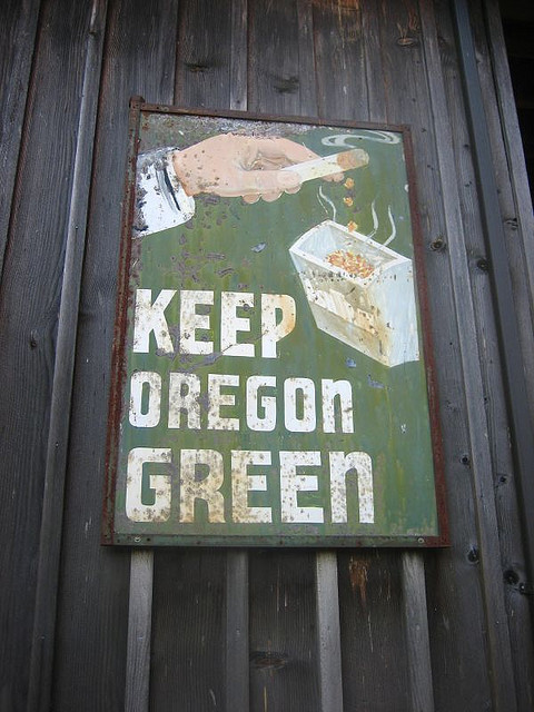 Keep Oregon Green! by rocket ship on Flickr.