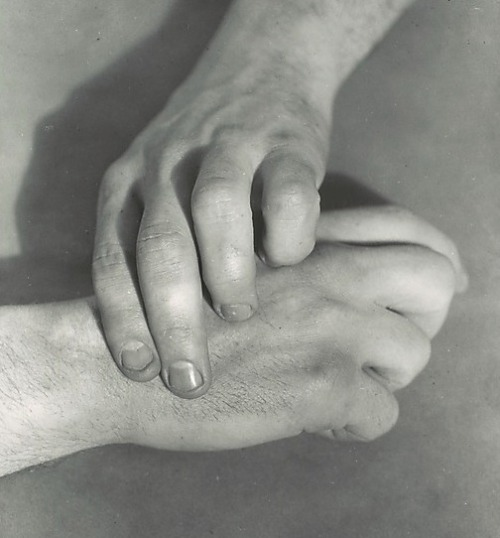 Hart Crane's Hands by Walker Evans (1929-30)