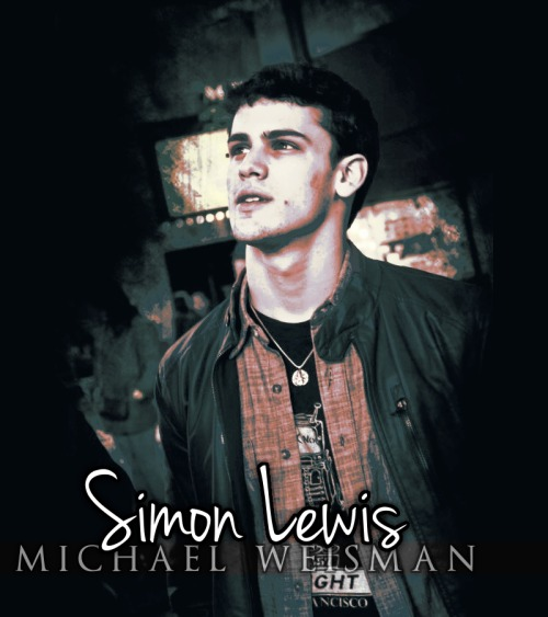 Michael Weisman as Simon Lewis I never had think about this but in the moment a saw this pic… Is just PERFECT!