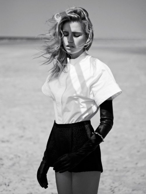 Beach Vixen. Cato van Ee by Philip Riches for Marie Claire Netherlands