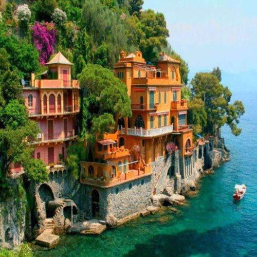 Villas near Portofino, Italy Do want.
