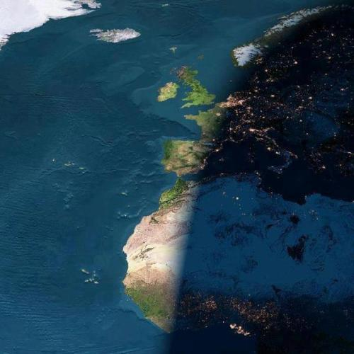 ragzebra:  The rare image showing both day and night on earth. Amazing!