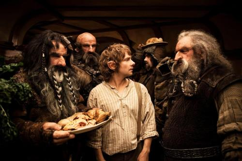 HAPPY HOBBIT DAY!!! :) Hope you're celebrating! Happy birthday Bilbo and Frodo! :)
