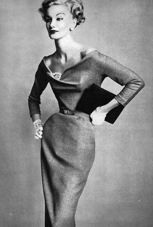 theniftyfifties:  Sunny Harnett for Vogue, September 1952.