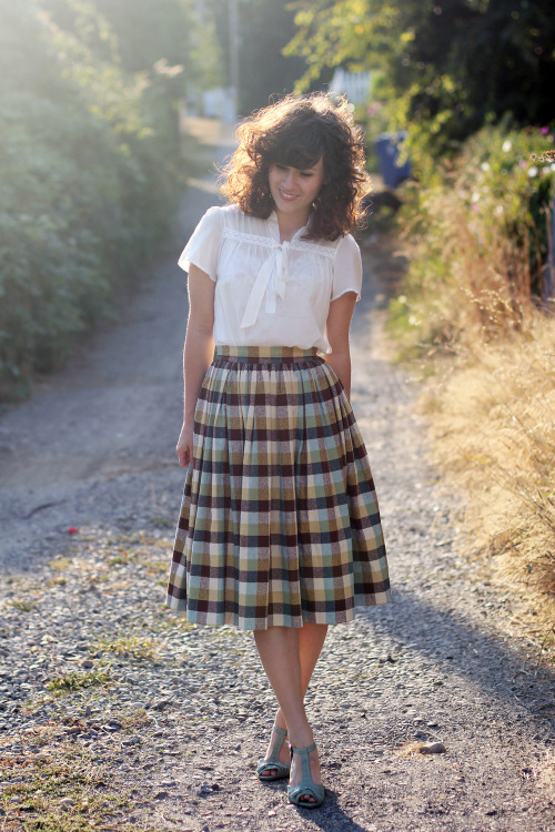 We can't get enough of this lady-like outfit, including a ModCloth dress worn as a top, styled by Elizabeth of Delightfully Tacky.
