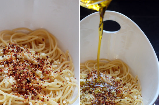 dinner?  Ingredients 7 ounces of spaghetti2 large or 3 small garlic cloves, minced1 1/2 teaspoons of chili pepper flakes1/4 to 1/3 cup of extra-virgin olive oil3/4 teaspoon of salt1/2 teaspoon of freshly ground black pepper Directions The measurements in this recipe can be shifted depending on your taste preferences. Cook spaghetti according to the directions on the package, until it is al dente. Strain spaghetti and place in a large serving dish. Add minced garlic, chili pepper flakes, olive oil, salt, and pepper, and mix together well. Serve warm or at room temperature.