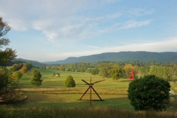 artlog:  Mark di Suvero at Storm King  If you live in the Northeast part of the US and you've never been to Storm King, take a cue from this amazing photograph and PLAN A VISIT! It's truly a magical place.