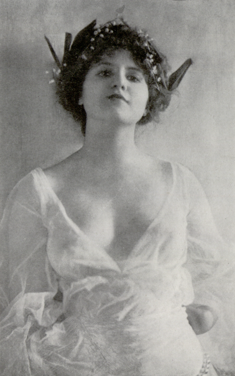 Hebe, 1905 by Cavendish Morton