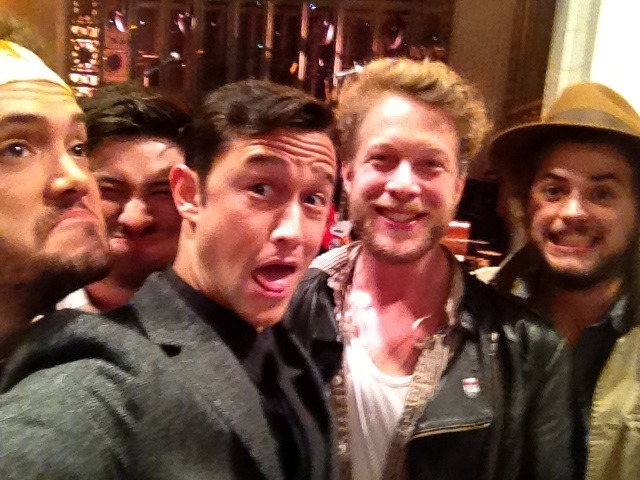 hitrecordjoe:  Saying cheese with Mumford and Sons before they hit rehearsal! :oD #SNL ps. if Tumblr insists on tagging my posts with the 'celebs' tag, could they at-least put that bullshit after the ones I write myself? Shiiiiiiit.  waaah
