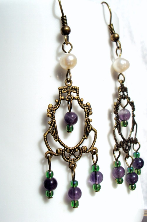 Suffragette Earrings. Be the classiest feminist on the block.  http://en.wikipedia.org/wiki/Suffragette#Colours