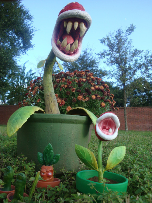 Real World Piranha Plantsculpture by kalapusa (deviantart | tumblr)