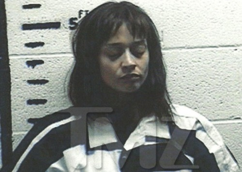 Yesterday, Fiona Apple was arrested for possession of hash at a border stop in Sierra Blank, TX. Apple was arrested and is being held at Hudspeth County Jail.  feelin like a crimina~al