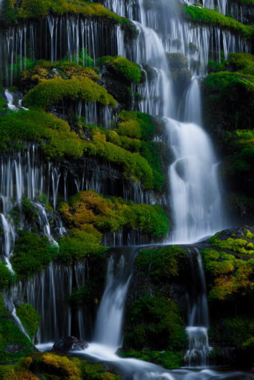 ancienttime:  Waterfall Detail by ~theon07