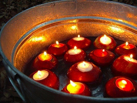 fuckyeahpaganism:  Apple candles for mabon, perhaps?