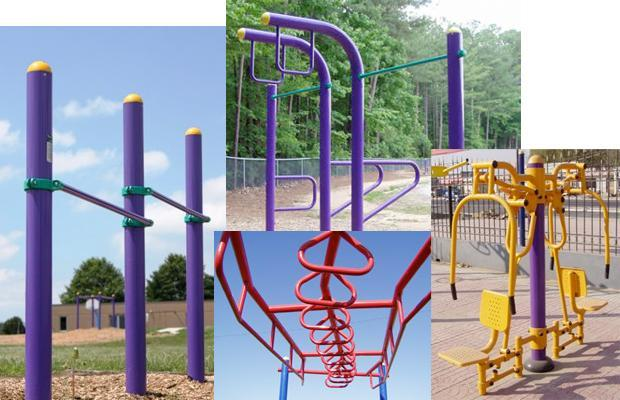 New Outdoor Training Equipment Makes Your Park a Free Gym