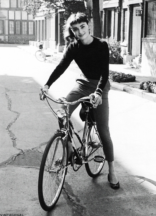 vintagegal:    Audrey Hepburn on the set of Sabrina, photographed by Mark Shaw, 1953