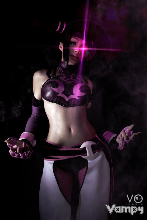 Juri Han from Street Fighter 4 Cosplayer: Linda Le [WW | dA | TW]Photographer: Long Vo