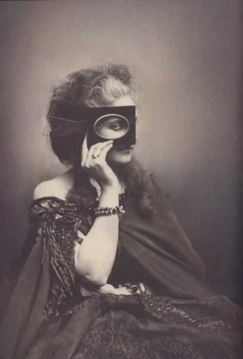 "lostsplendor:  ""Virginia Oldoini, Countess of Castiglione (1837–1899), better known as La Castiglione , was an Italian aristocrat who achieved notoriety as a mistress of Emperor Napoleon III of France. The Countess was known for her beauty and her flamboyant entrances in elaborate dress at the imperial court."" (via Retronaut)"