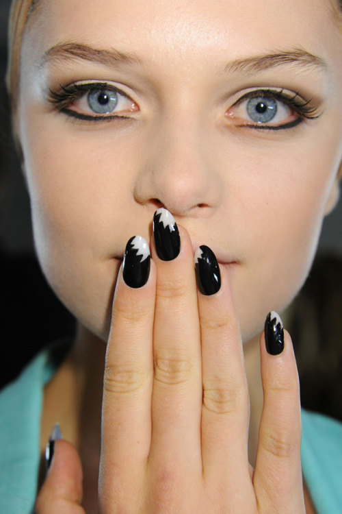 Dope nails of the day ;)  teenvogue:  The SS13 2013 season brings bright colors, intricate patterns, and three dimensional nail art that you'll need to see to believe. Check out our fave manis from NYFW »
