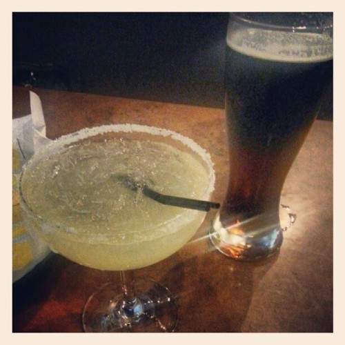 Having a drink after a dragging day…..  (Taken with Instagram at Buffalo Wild Wings Grill & Bar)