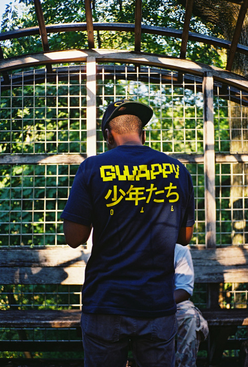 back of gwappy boyz tee