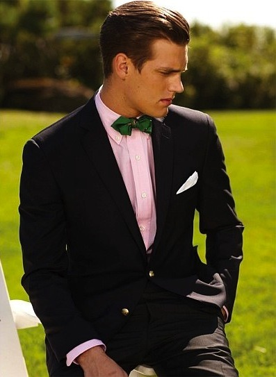 ilovemeninsuits:  Real men wear pink!