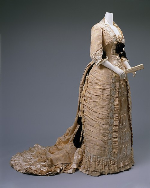 Dress 1875-1878 The Metropolitan Museum of Art