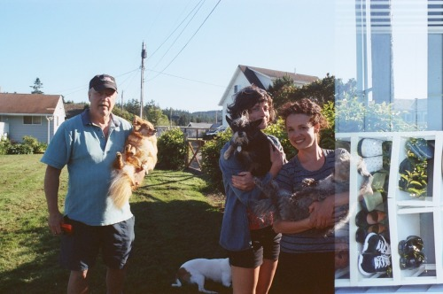 A fourth of July in Camano - family and friends portrait. Nikon FG | Kodak 400NC-3 July 2011. side note: there was glitch in the camera which in return turned into an overlap exposure. neat.