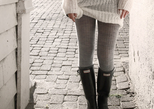 knit tights make me crave fall