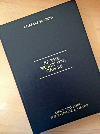 Orang ini GILA!!   Buku ini adalah kumpulan jawaban Charles Saatchi dari pertanyaan-pertanyaan wartawan dan juga karyawannya buat dia.  Jawabannya nunjukin sekali pola pikirnya yang out of the box dan caranya yang enteng dalam menghadapi hidup.  Contohnya adalah ini: IF YOU HAF A MOTTO WHAT WOULD  IT BE?  What is the point of a motto?  You will inevitably let yourself down if it's an inspirational motto. If it's a simple call for extra effort, you will quickly get irritated by the constant prodding.  If it's a motto that inspires kindness and good works you will forever be haunted by guilt. Leave mottos to other people who enjoy carrying a burden throughout their lives.  What do you think temans?