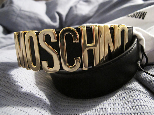 i just want a Moschino belt