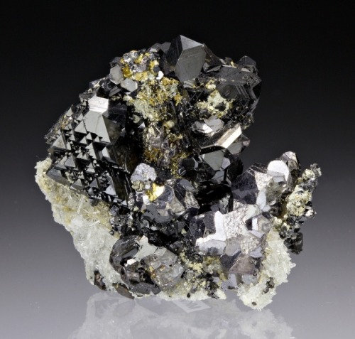 mineralia:  Sphalerite with Galena and Chalcopyrite from Colorado by Dan Weinrich  -Topknot