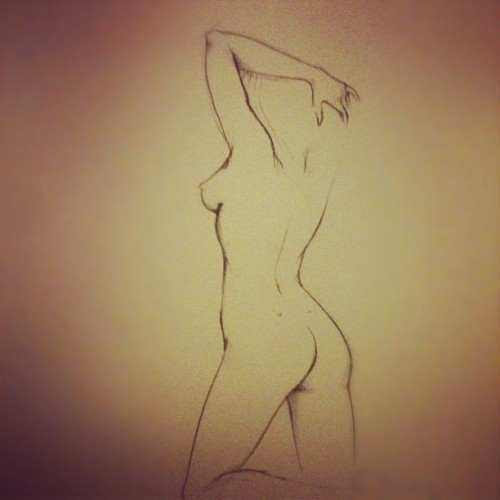Figure sketching. (Taken with Instagram)